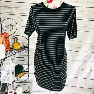 Boohoo 10 black & white t shirt stretchy dress